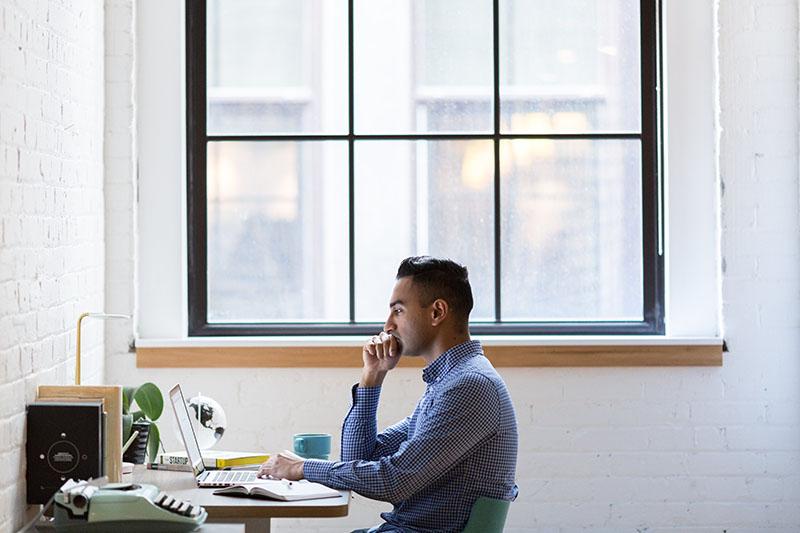 Améliorez la communication avec vos clients grâce à un bon système de téléphonie entreprise